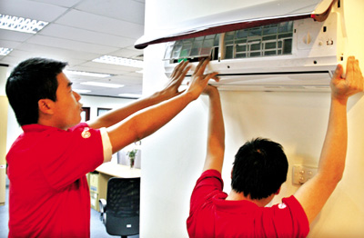 Khách hàng gọi sửa điều hòa tại Thanh Xuân liên hệ với chúng tôi theo sđt: 0914 40 8668  để được sửa chữa nhanh nhất