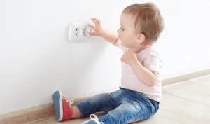 Cách sử dụng đồ điện an toàn nhất cho trẻ nhỏ